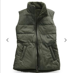 Women's North Face Reversible Sherpa Lined Vest